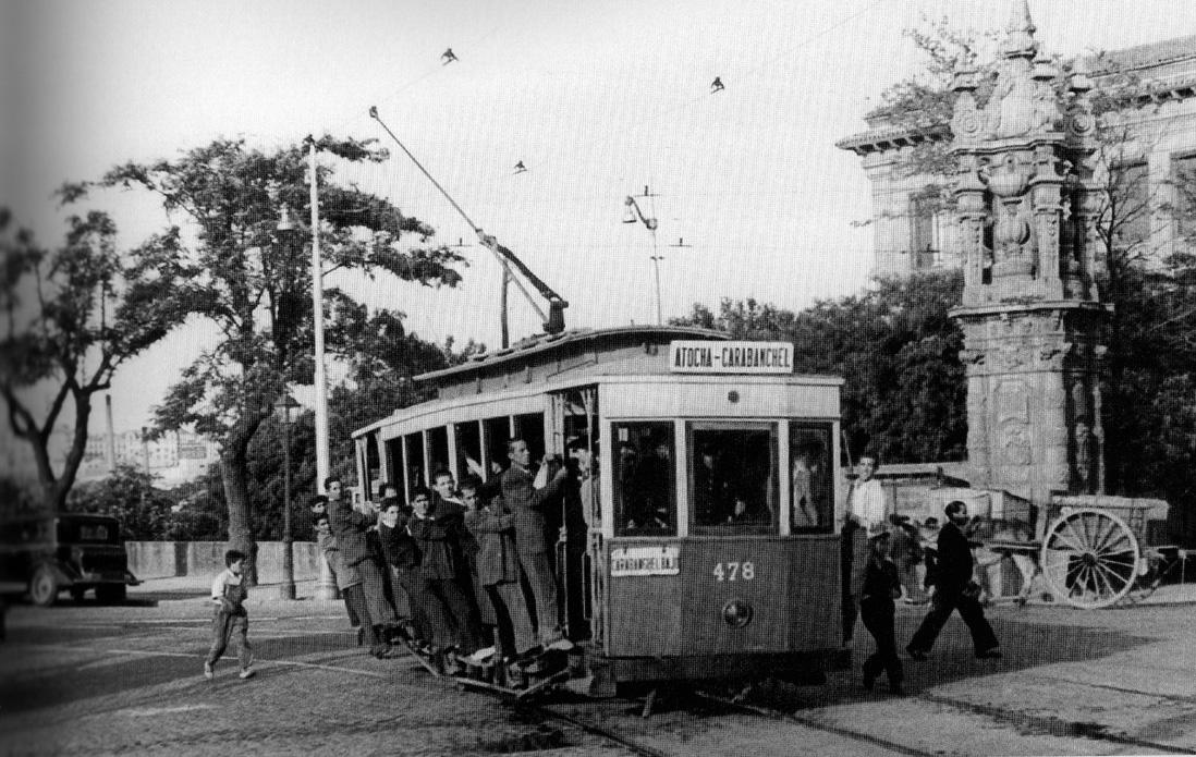 MADRID ANTIGUO - Página 5 1965-Plaza_Marques_Vadillo-004-244