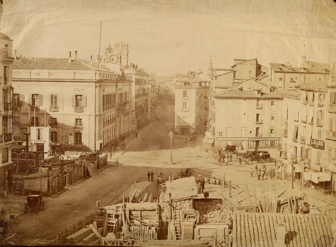 Fotos antiguas de madrid p gina 11 forocoches for Puerta 15 foro sol
